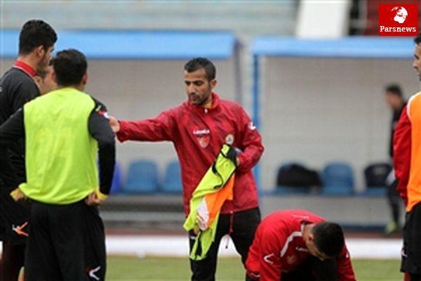 بازیکنان نفت تهران اردوی کردان را تحریم کردند