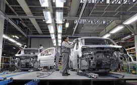 سه درصد جريمه براي خودروسازي در سطح پايين كيفيت/ نباید انتظار کاهش قیمت خودرو داشته باشیم