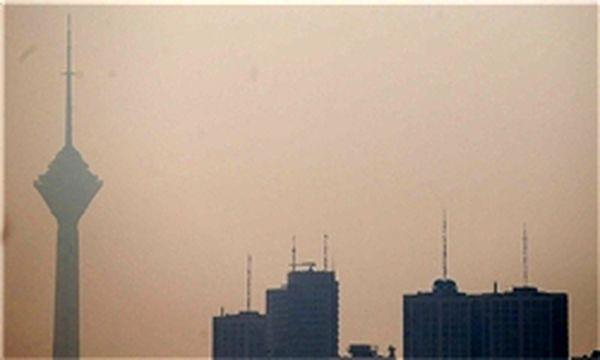 تهران فردا هم آلوده است/ مدارس تعطیل است؟